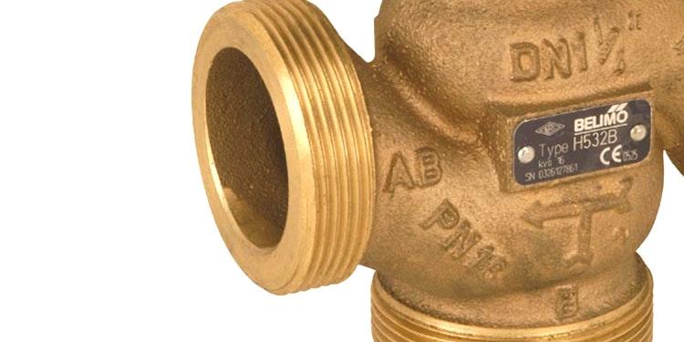 Reguleringsventil til afspærring og regulering af vandforsyning fra Belimo.